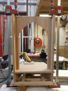 werk in uitvoering Butsudan meubelmaker Cirkel Hout